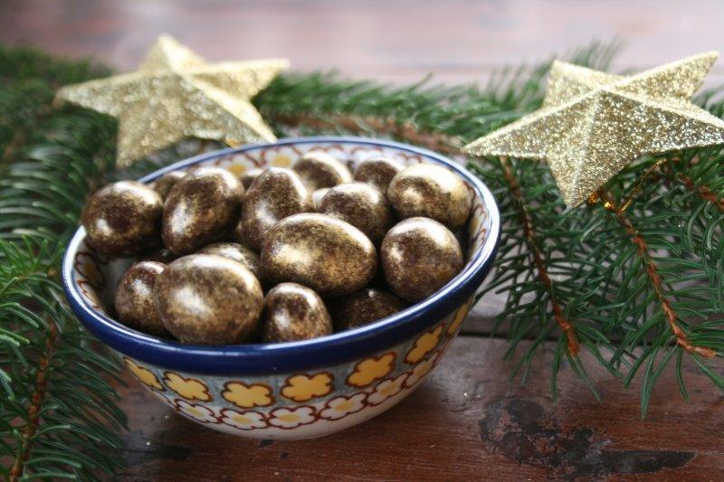 Złote-migdałki-w-czekoladzie-tylko-w-DOTI