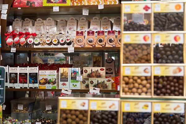 Tradycyjny sklep ze słodyczami